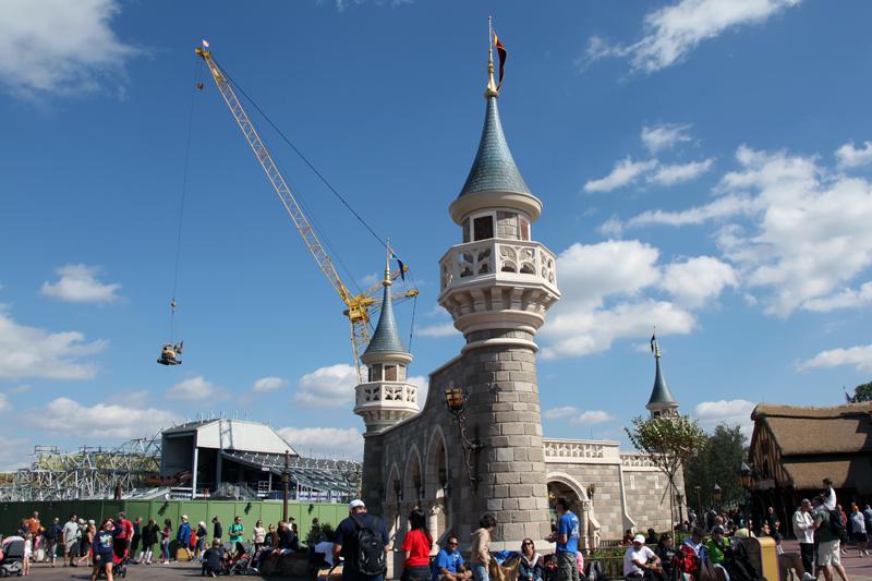 The Disney Crane