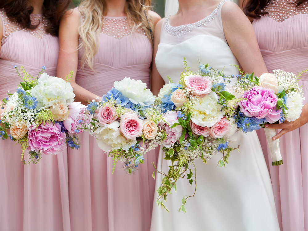 Nottingham Wedding photographers bouquets.jpg
