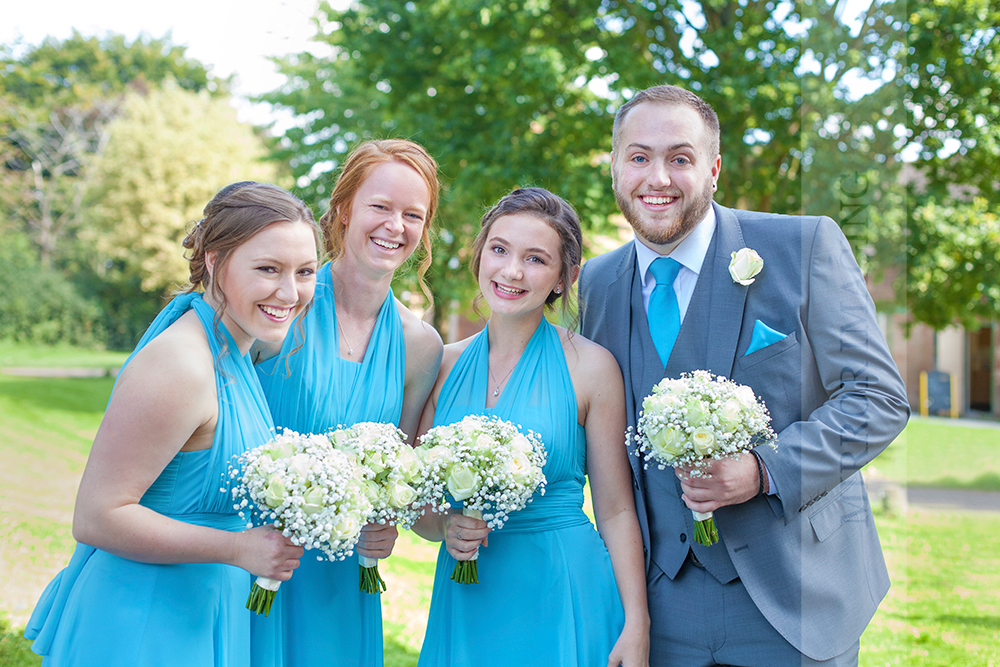 wedding photographers nottingham 10.jpg