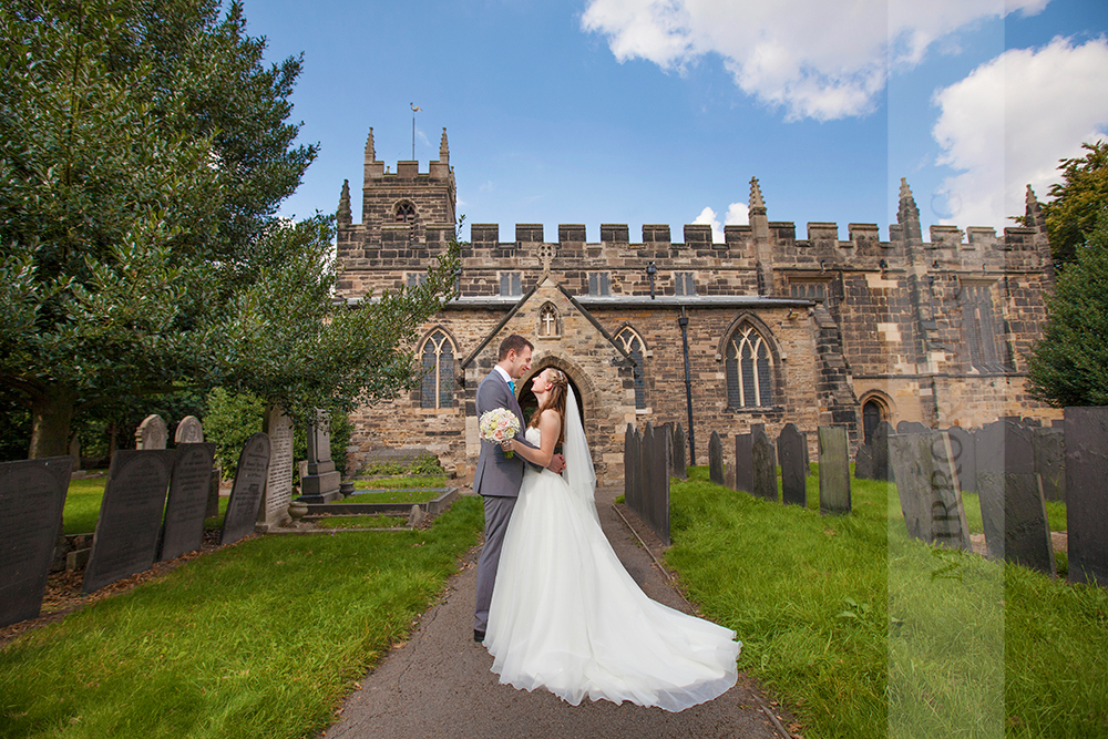 wedding photographers nottingham 34.jpg