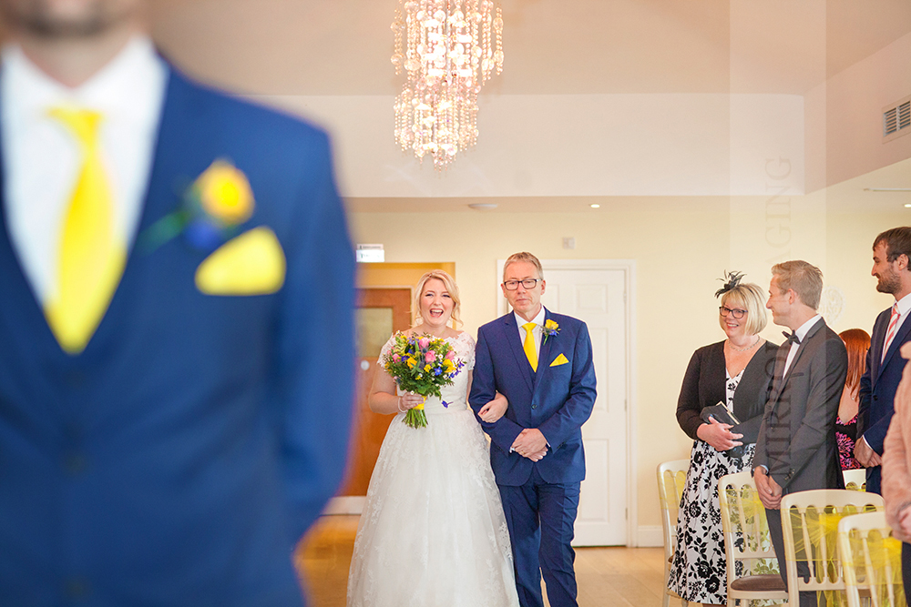notts wedding photographer 23.jpg