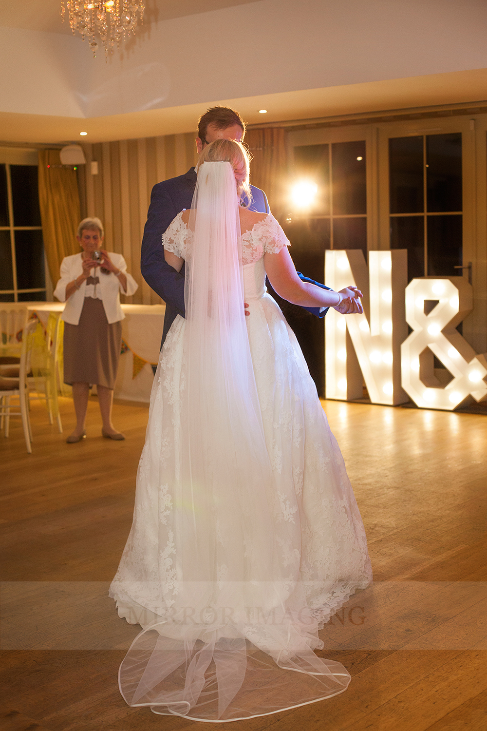 notts wedding photographer 60.jpg