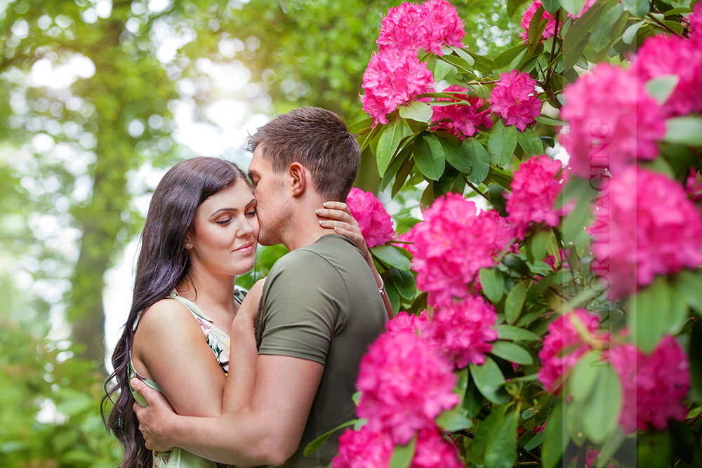 engagement photography nottingham 16.jpg
