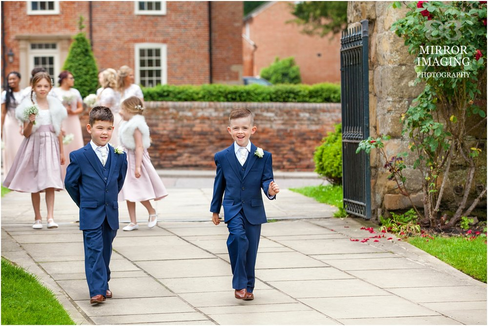 wedding_photographers_nottingham_0017.jpg