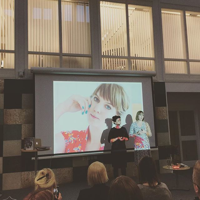 Digitalt entreprenörskap med @underbaraclaras och @annakarinnyberg, föreläsning arrangerat av #luleånäringsliv #businessluleå