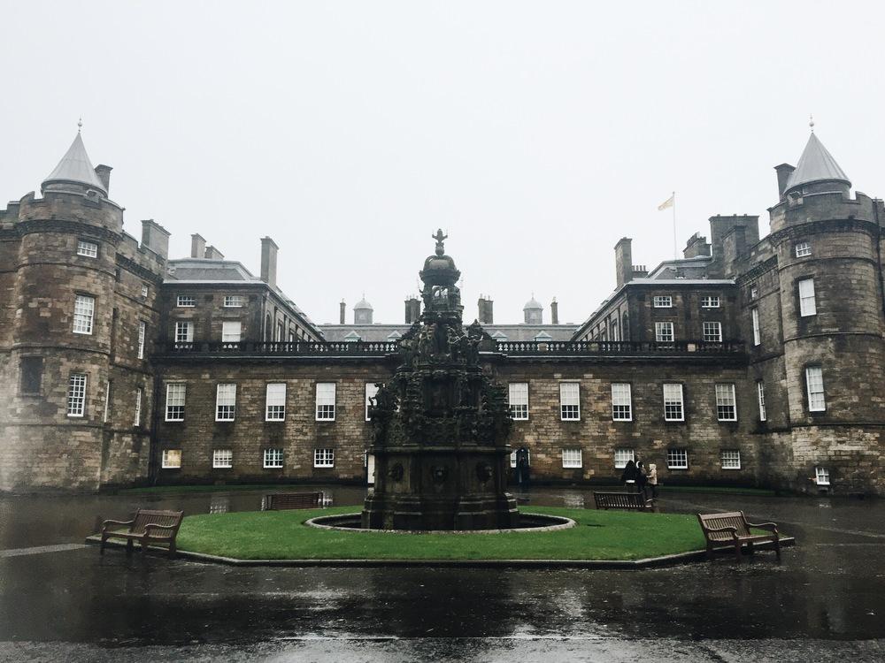 SOA_Edinburgh-Scotland-holyrood-palace.jpg