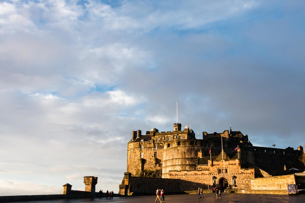 SOA_Edinburgh-Scotland-castle.jpg