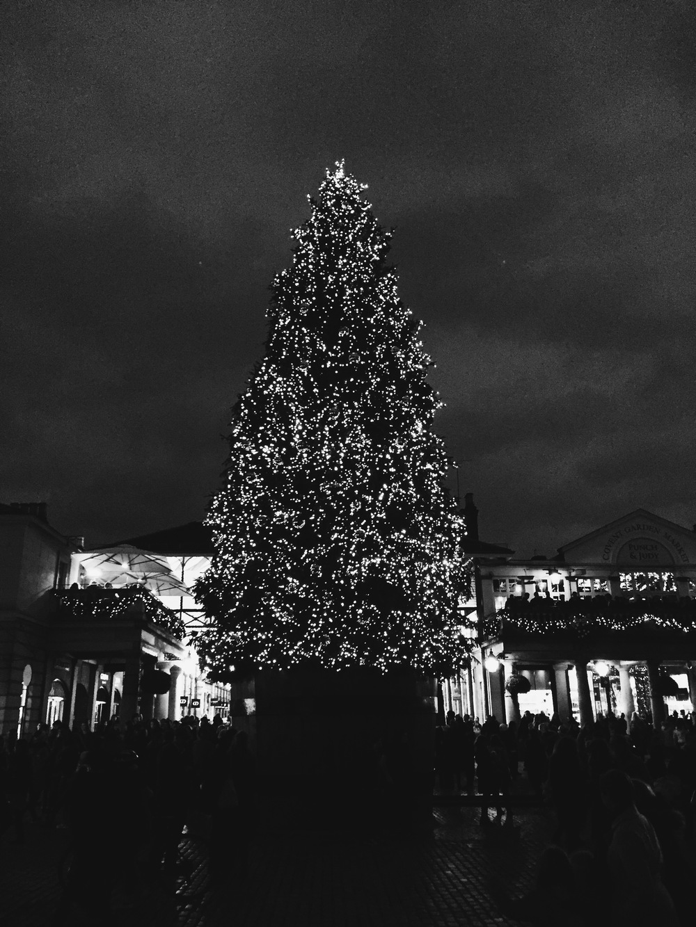 SOA_Covent-Garden_christmas-tree.jpg