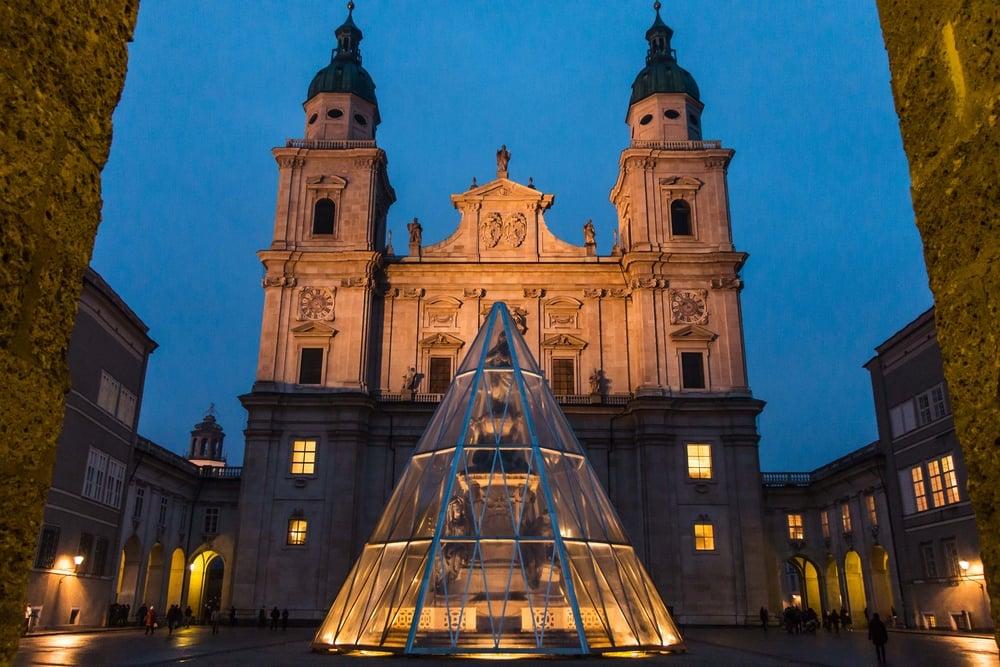 SOA_Salzburg-Austria-night.jpg