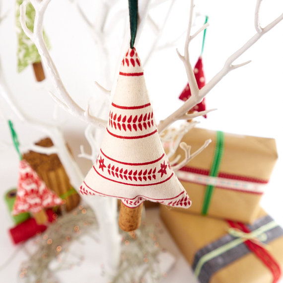 The Handmade List: 2016 Holiday Edition | Song of the Seam | Sea of Atlas