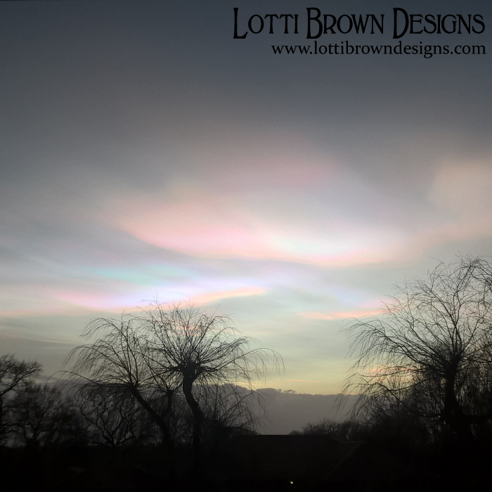 First glimpse at the nacreous clouds - sunset on 1st Feb 2016