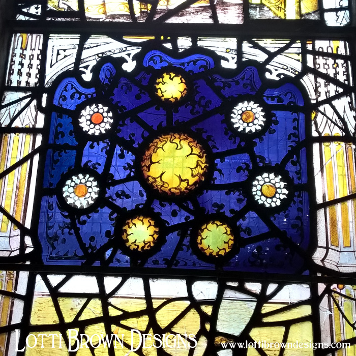 Sun and Stars stained glass pattern, All Saints, York