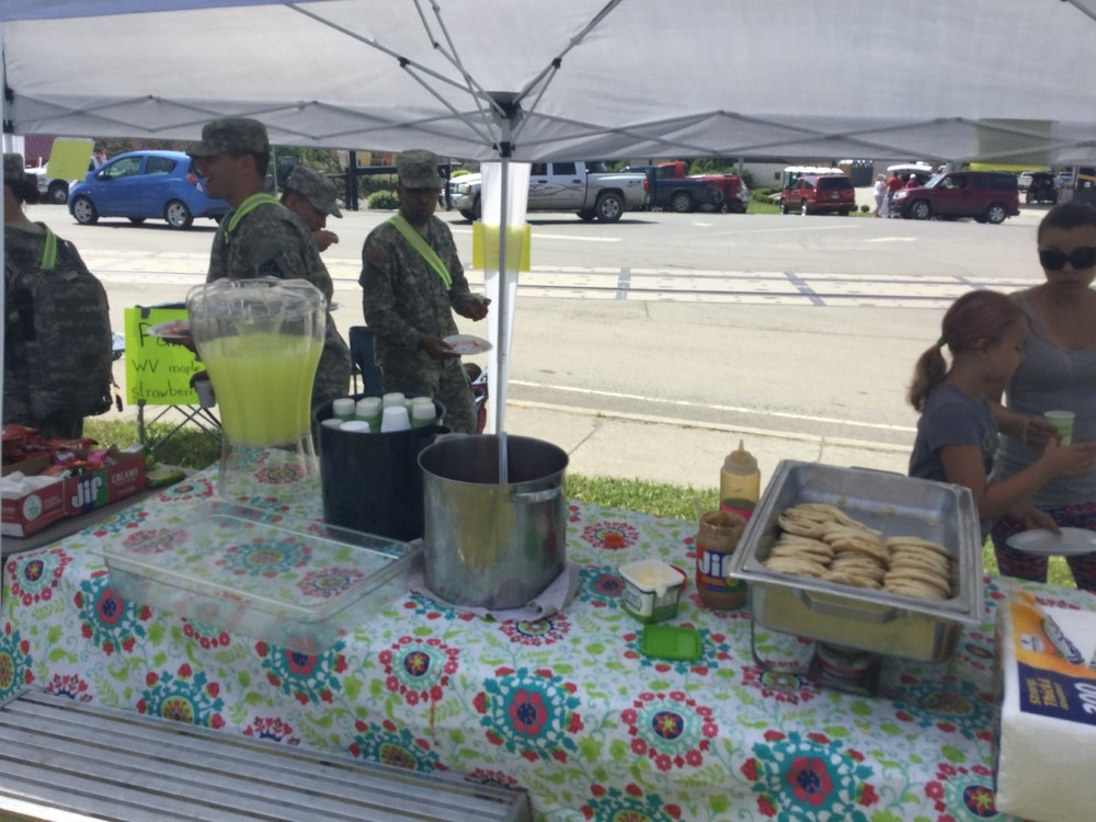 Rainelle church members feeding the community after the storms