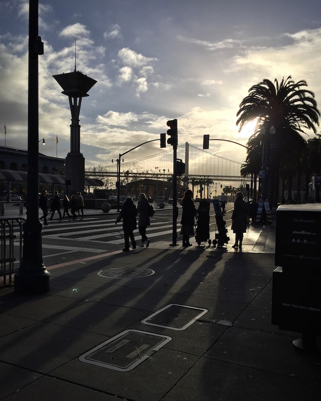 iPhone6. Embarcadero, SF 12/31/2016
