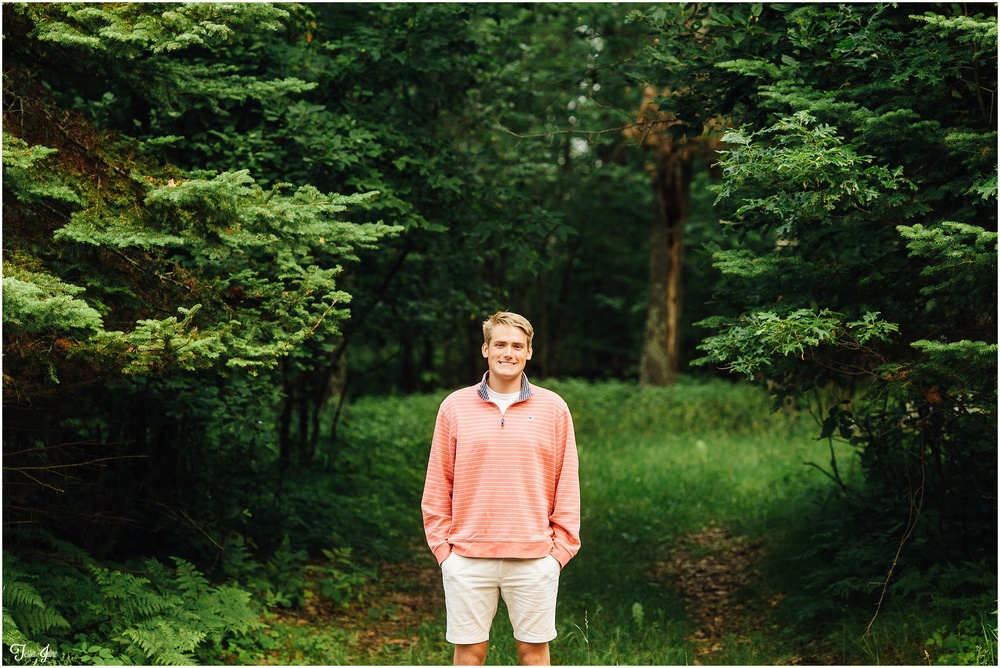Chanhassen-senior-nisswa-minnesota-lake-session-boy