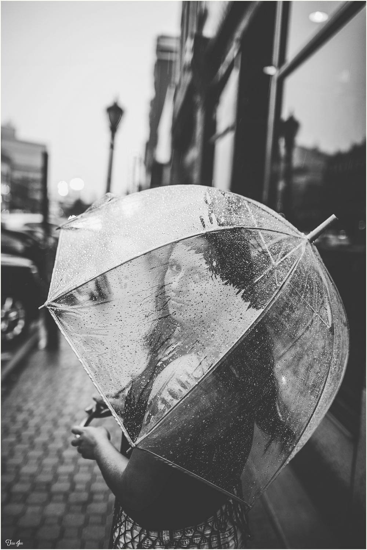 St-Cloud-Senior-Session-Rain-Umbrella
