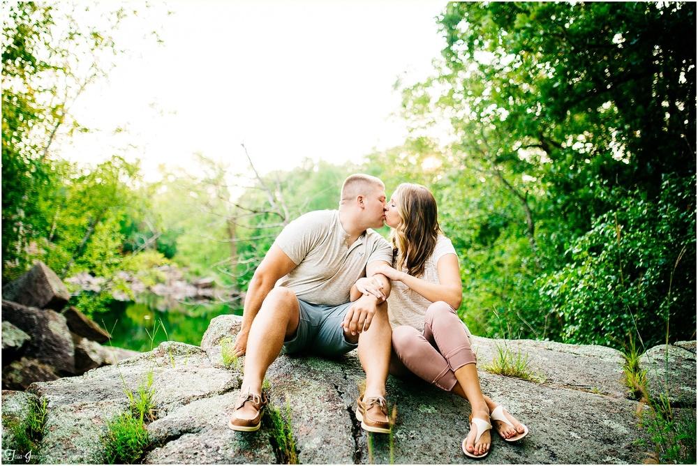 st-cloud-engagement-quarries-destination-wedding-photographer