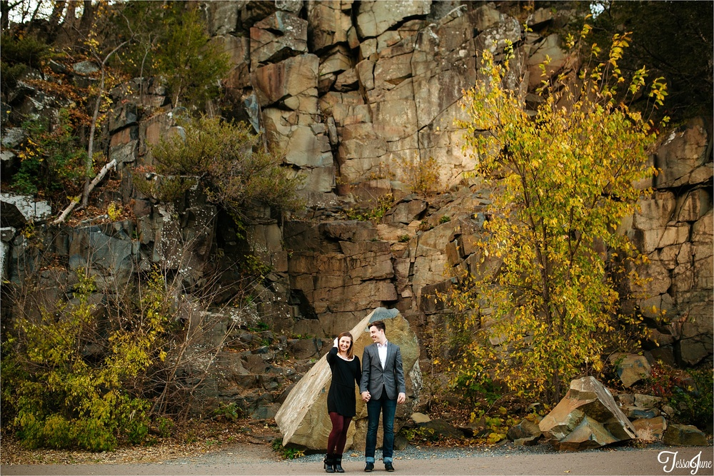 st-cloud-minnesota-wedding-photographer-taylors-falls-cliffs-fall-love-4198.jpg