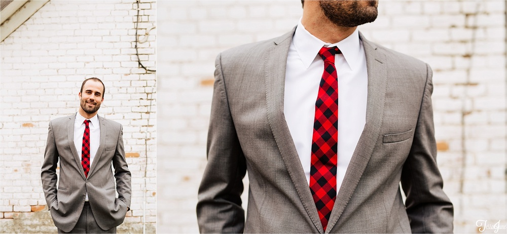 st-cloud-minnesota-wedding-photography-hamburg-winter-buffalo-plaid-rustic-groom-attire-tie