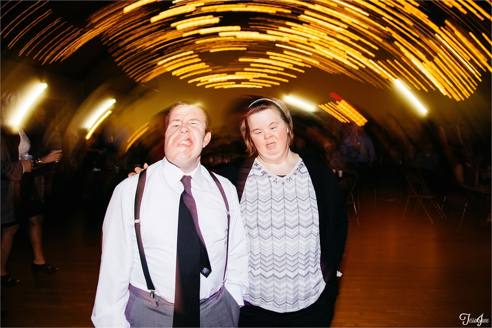 st-cloud-minnesota-wedding-photography-hamburg-winter-buffalo-plaid-rustic-reception