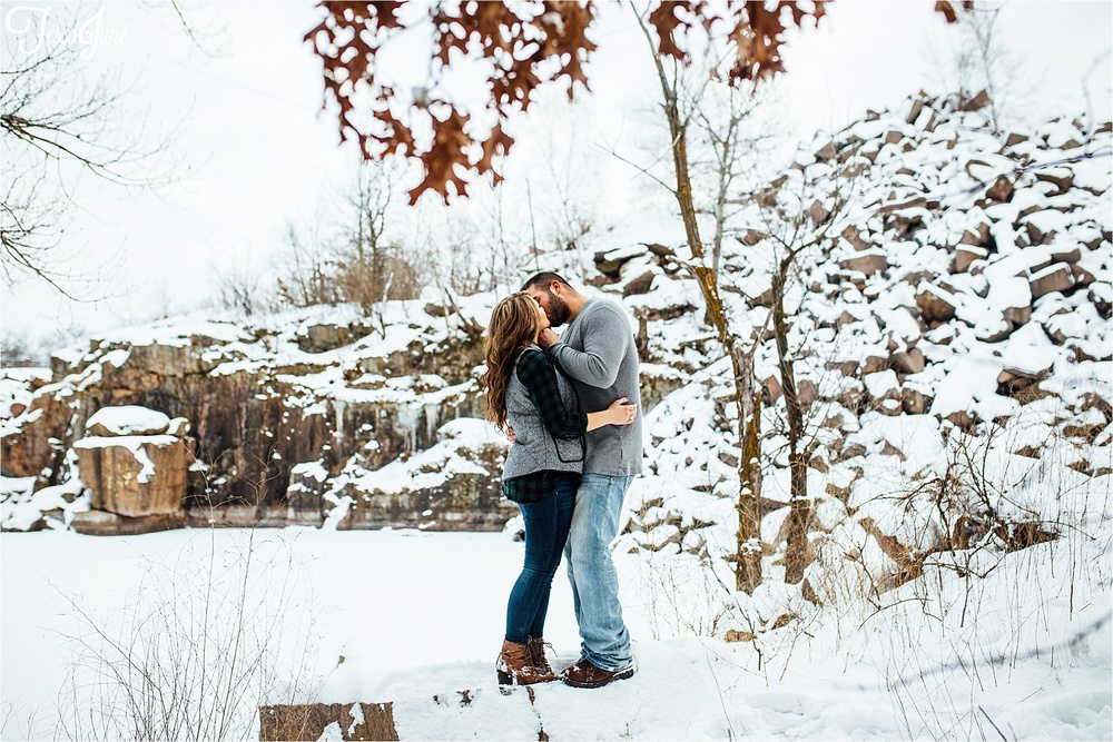 st-cloud-photographer-winter-snow-engagement-minnesota-quarries-wedding
