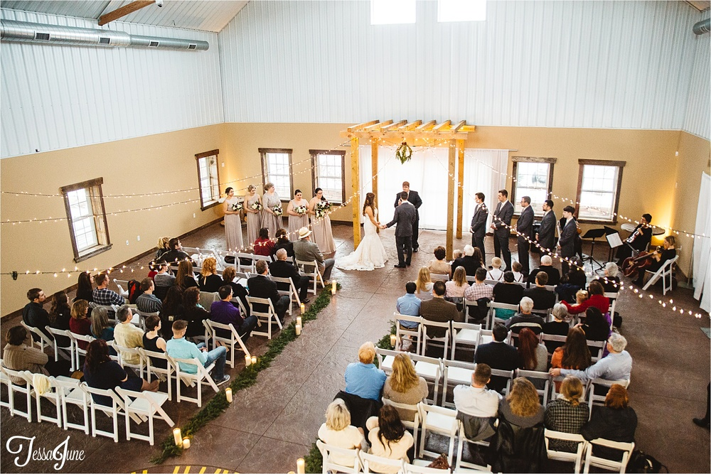 st-cloud-minnesota-wedding-photographer-the-outpost-center-chaska-snow-winter-romantic-ceremony