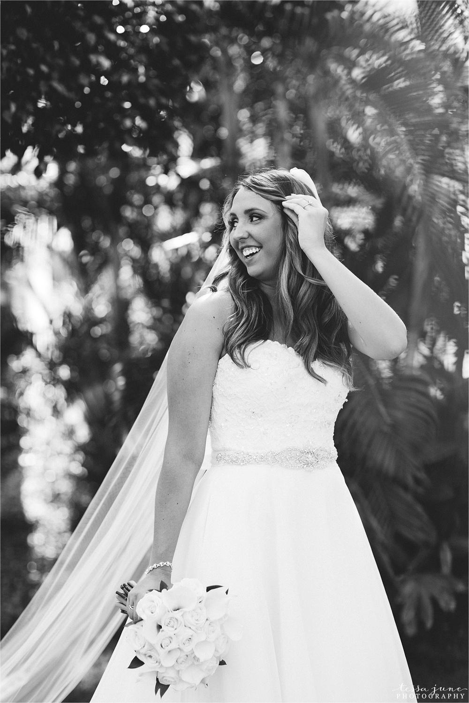 punta-cana-destination-wedding-dreams-palm-beach-resort-bride