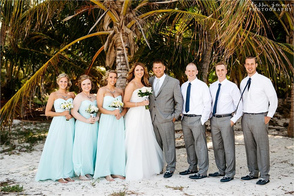 punta-cana-destination-wedding-dreams-palm-beach-resort-bridal-party