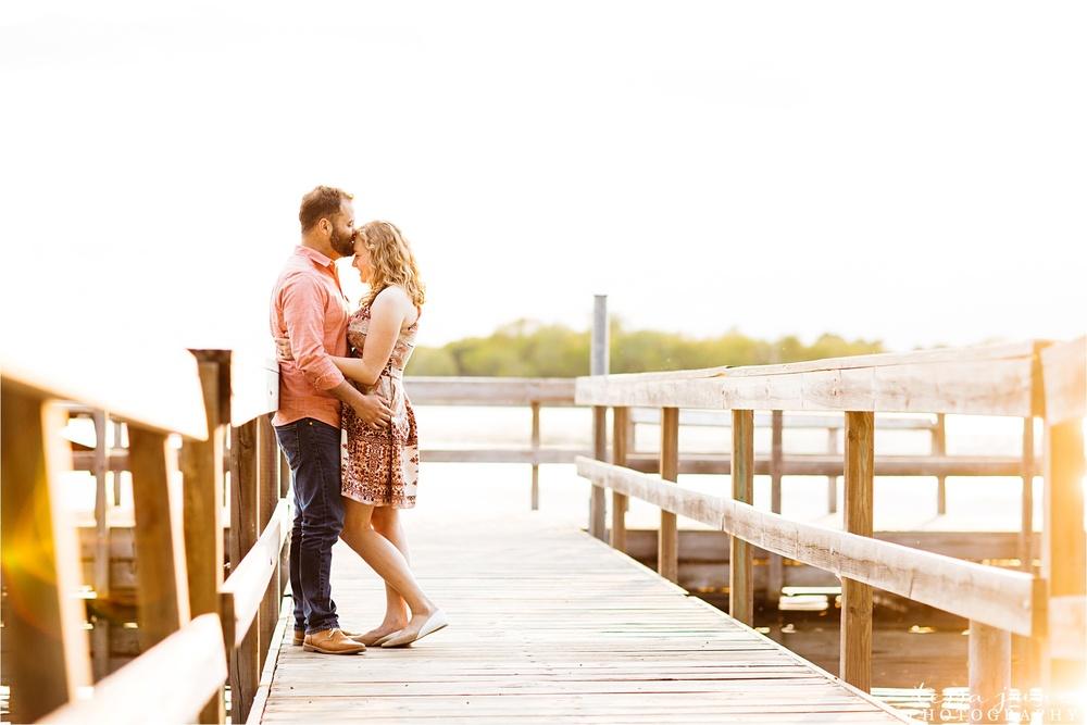 lake-maria-state-park-engagement-st-cloud-minnesota-wedding-photographer-lake