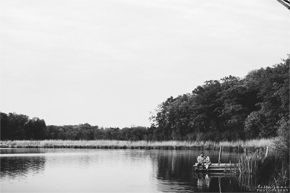 lake-maria-state-park-engagement-st-cloud-minnesota-wedding-photographer-dock-lake