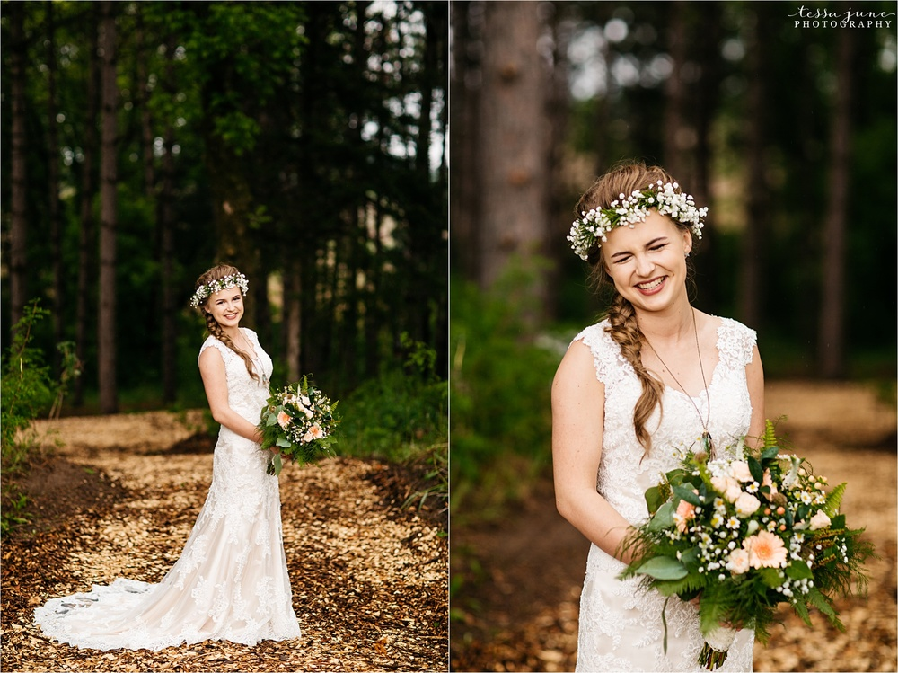 bohemian-forest-wedding-stillwater-minnesota-flower-crown-st-cloud-photographer-bride