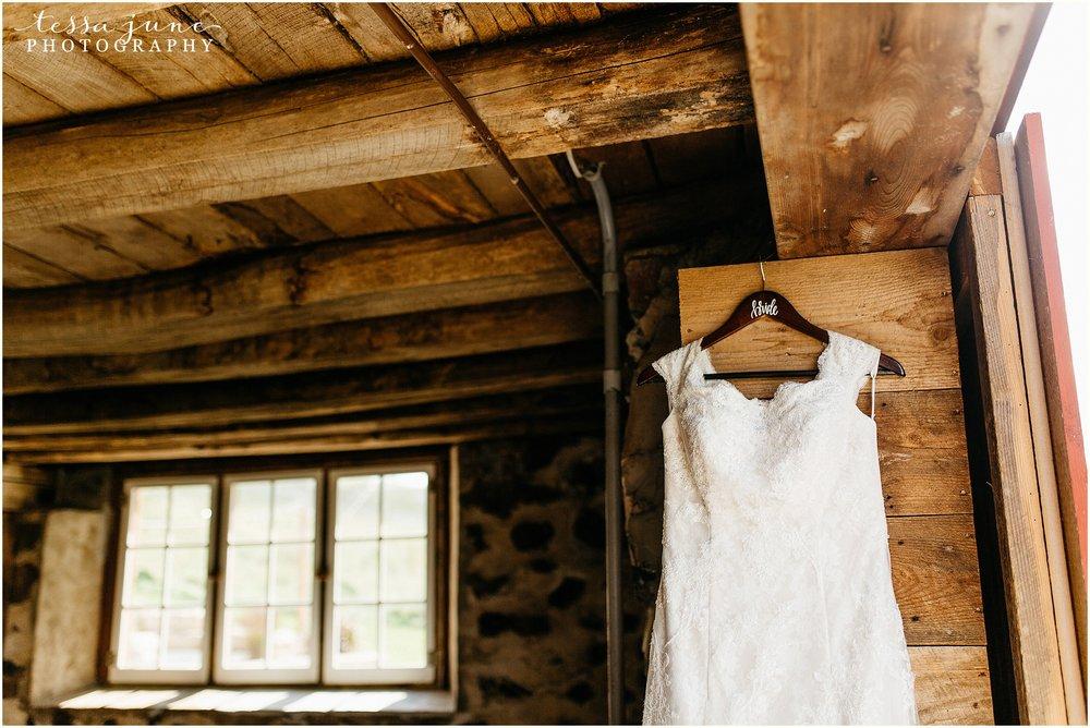 birch-hill-barn-glenwood-city-wisconsin-st-cloud-wedding-photographer-3308.jpg