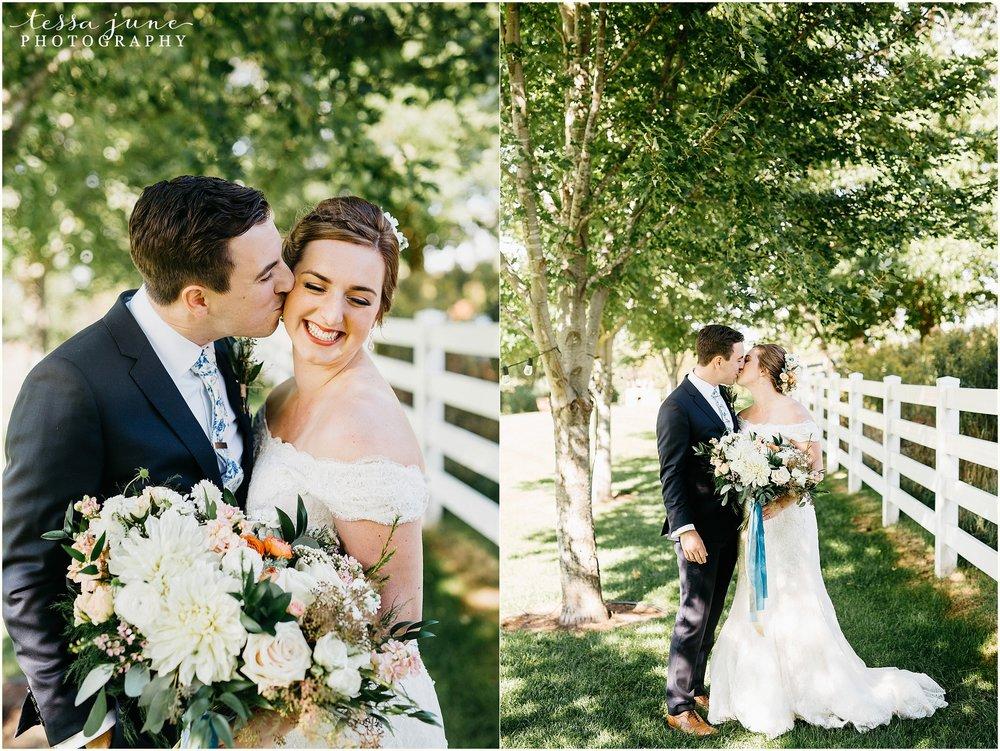 birch-hill-barn-glenwood-city-wisconsin-st-cloud-wedding-photographer-3785.jpg