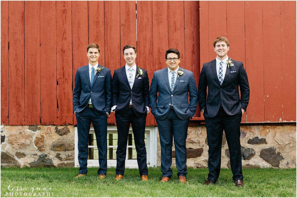 birch-hill-barn-glenwood-city-wisconsin-st-cloud-wedding-photographer-4132.jpg
