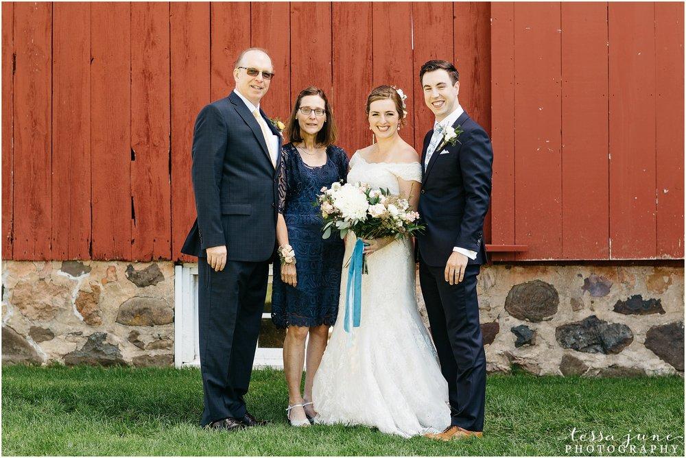 birch-hill-barn-glenwood-city-wisconsin-st-cloud-wedding-photographer-4224.jpg