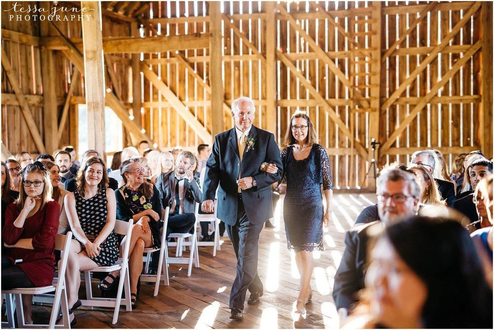 birch-hill-barn-glenwood-city-wisconsin-st-cloud-wedding-photographer-4426.jpg