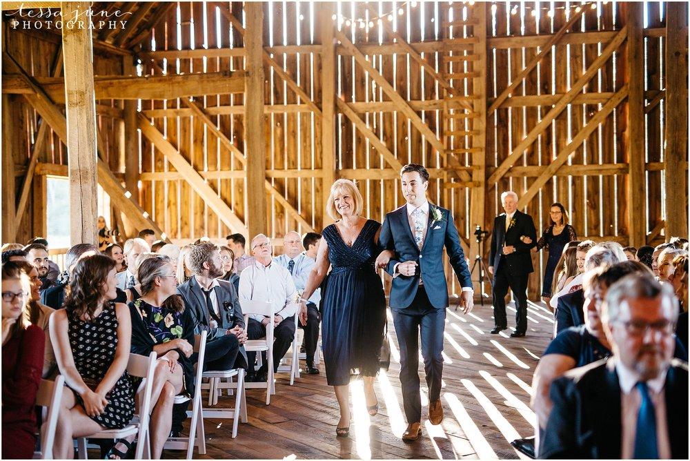 birch-hill-barn-glenwood-city-wisconsin-st-cloud-wedding-photographer-4423.jpg