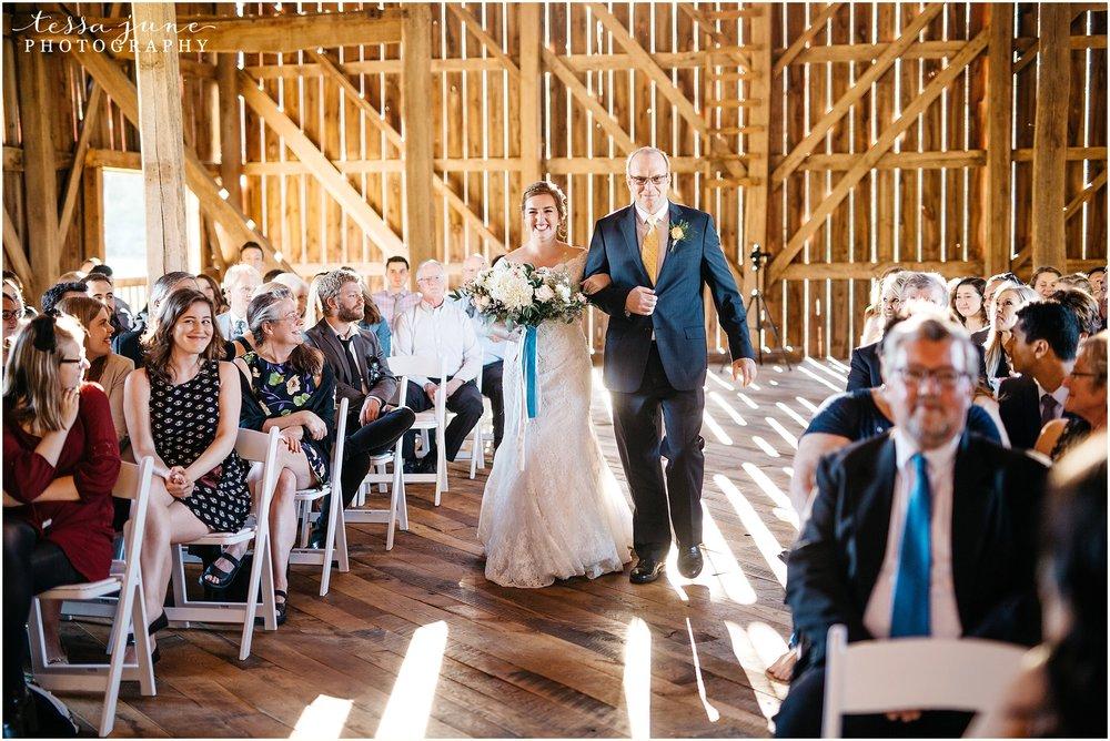 birch-hill-barn-glenwood-city-wisconsin-st-cloud-wedding-photographer-4464.jpg