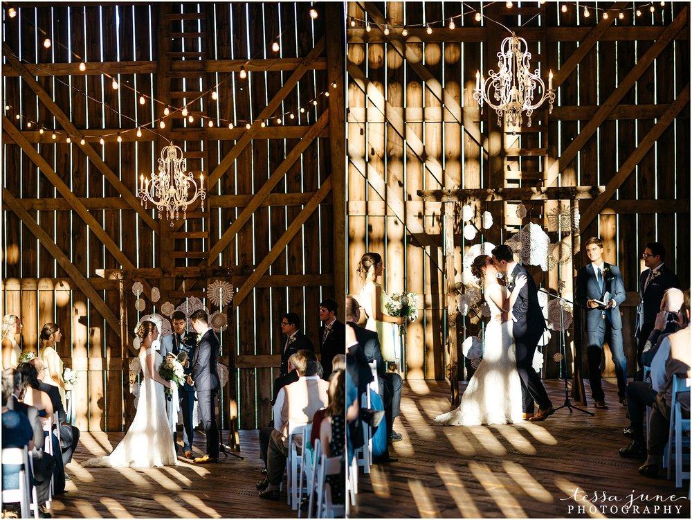 birch-hill-barn-glenwood-city-wisconsin-st-cloud-wedding-photographer-4508.jpg