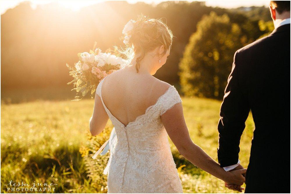 birch-hill-barn-glenwood-city-wisconsin-st-cloud-wedding-photographer-4825.jpg