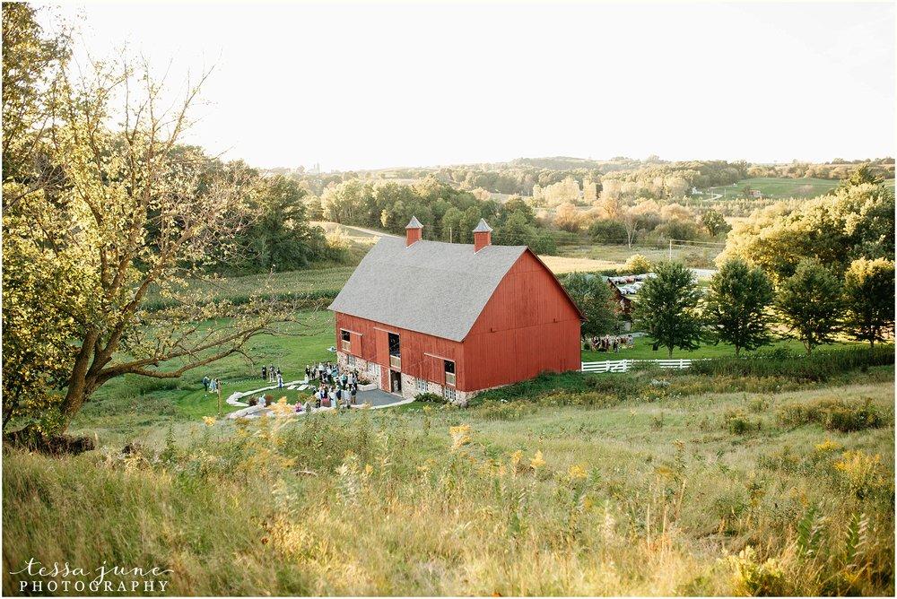 birch-hill-barn-glenwood-city-wisconsin-st-cloud-wedding-photographer-4917.jpg