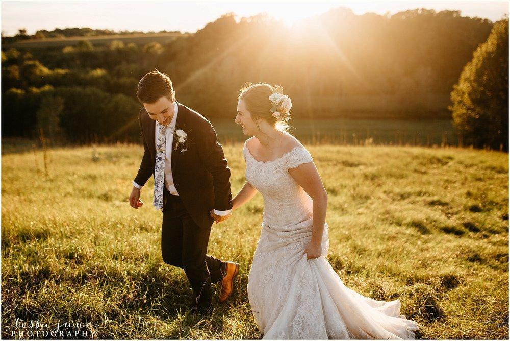 birch-hill-barn-glenwood-city-wisconsin-st-cloud-wedding-photographer-4968.jpg