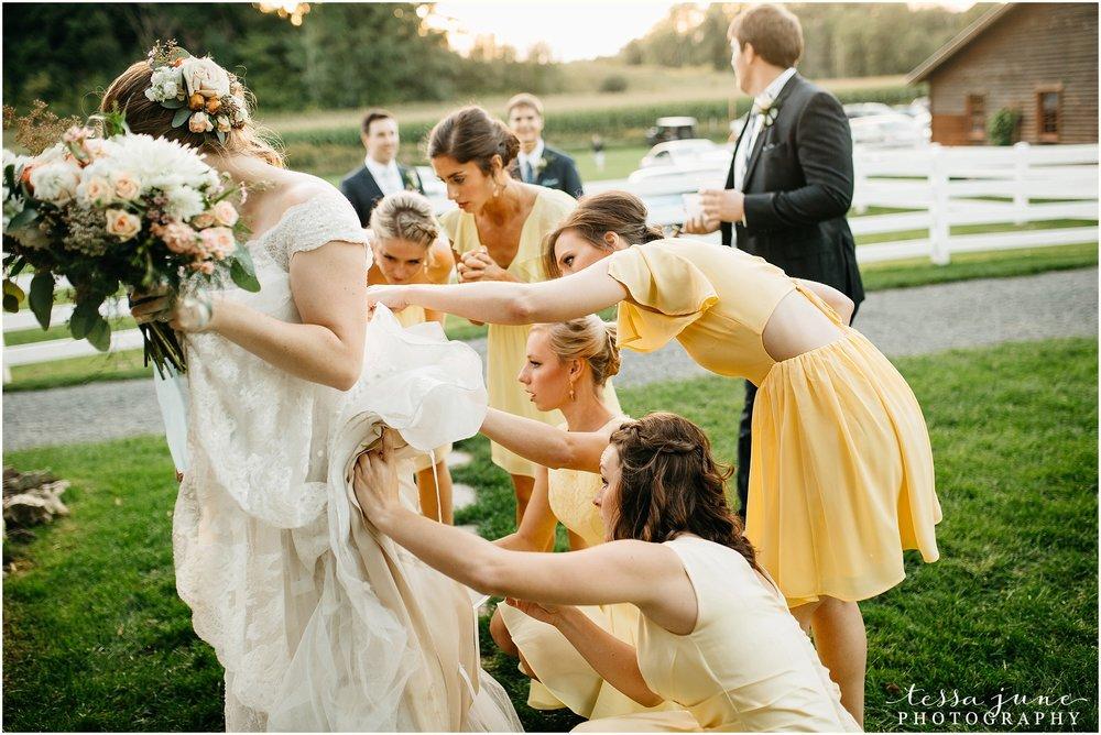 birch-hill-barn-glenwood-city-wisconsin-st-cloud-wedding-photographer-5103.jpg