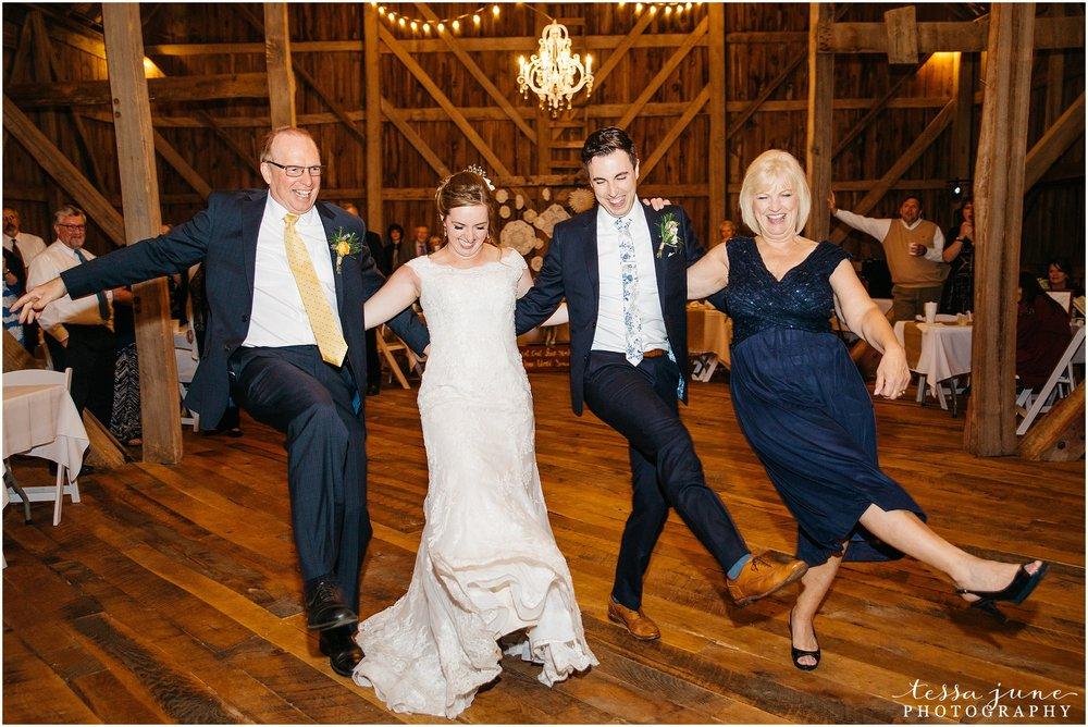 birch-hill-barn-glenwood-city-wisconsin-st-cloud-wedding-photographer-5490.jpg