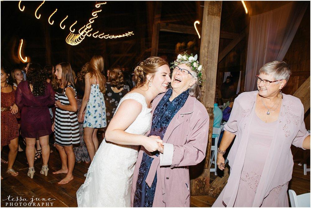 birch-hill-barn-glenwood-city-wisconsin-st-cloud-wedding-photographer-5606.jpg