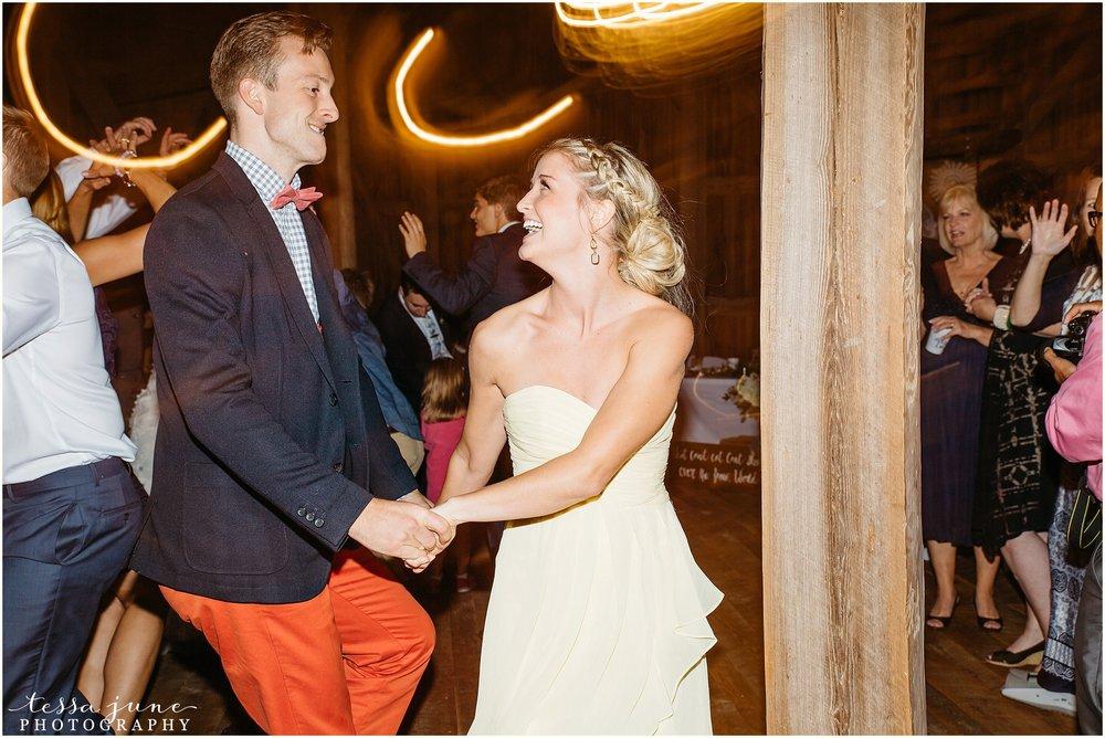 birch-hill-barn-glenwood-city-wisconsin-st-cloud-wedding-photographer-5617.jpg