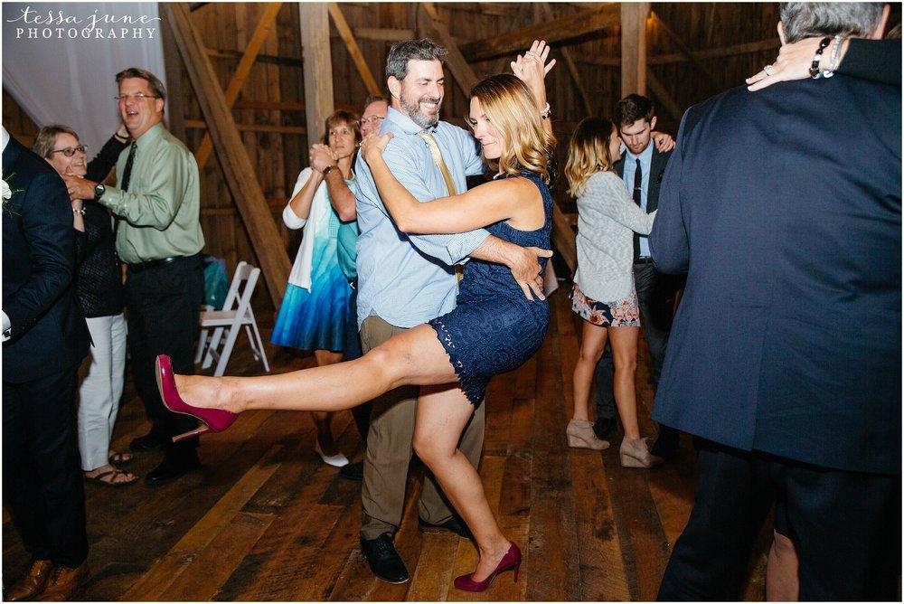birch-hill-barn-glenwood-city-wisconsin-st-cloud-wedding-photographer-5668.jpg