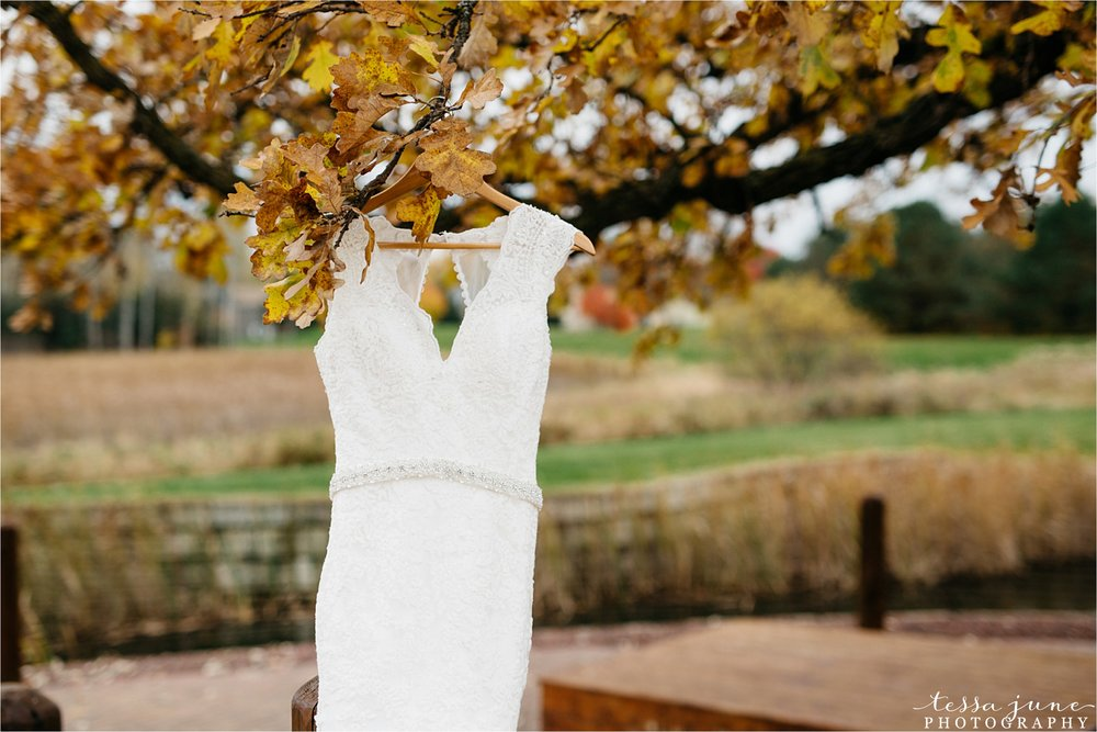 the-grands-at-mulligans-wedding-october-sartell-st-cloud-minnesota-photographer-1.jpg