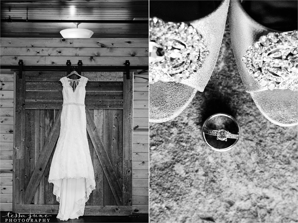 the-grands-at-mulligans-wedding-october-sartell-st-cloud-minnesota-photographer-2.jpg
