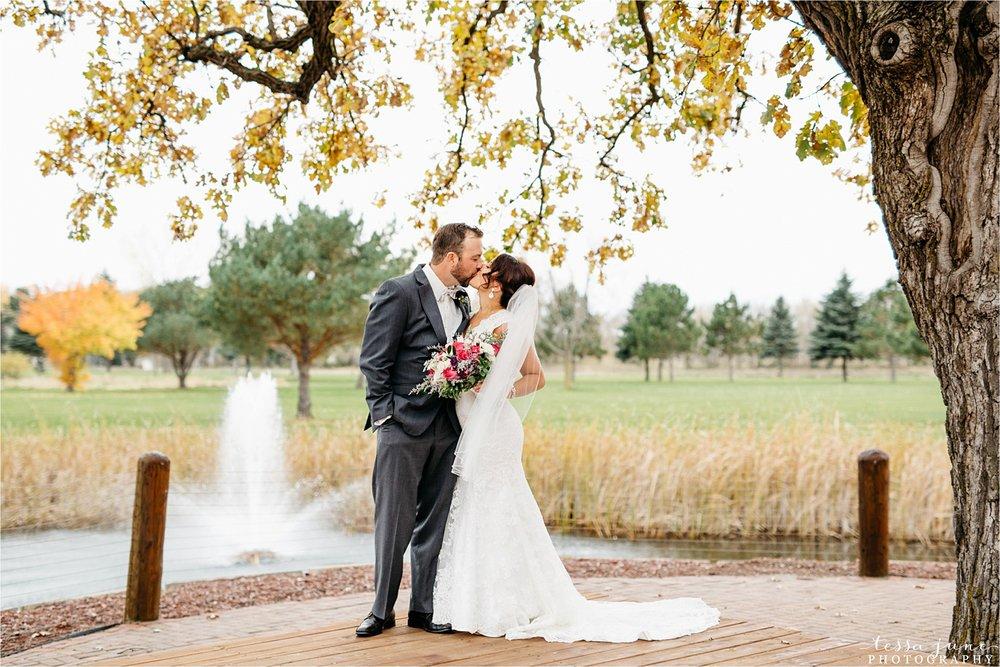 the-grands-at-mulligans-wedding-october-sartell-st-cloud-minnesota-photographer-26.jpg